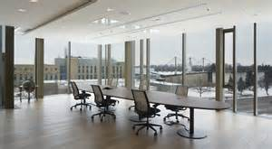 33-Design the school and office furniture in Verona